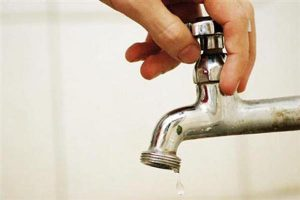 19367341-falta-agua1