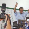 O Candidato ao governo do estado, Carlos Eduardo (PDT), vota neste domingo, 28, às 16h00min no colégio Atheneu, em Petrópolis.